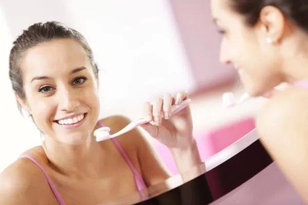 6 Dentální hygiena