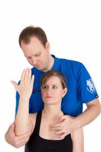 Manipulační terapie, Mobilizace - fotka před - Mgr. Michal Joshua Frána