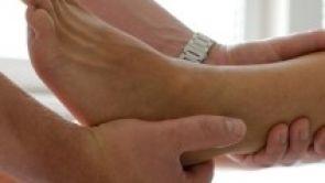 Ošklivá noha v hezké botě aneb jak se zbavit vbočeného palce?