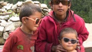 Darujte nepoužívané brýle a připojte se s námi k akci Brýle pro Nepál