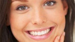 Atraktivní úsměv nám zvyšuje sebevědomí!