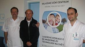 Šedého zákalu i brýlí se můžete zbavit současně, stejně jako přední český diabetolog prof. Rybka